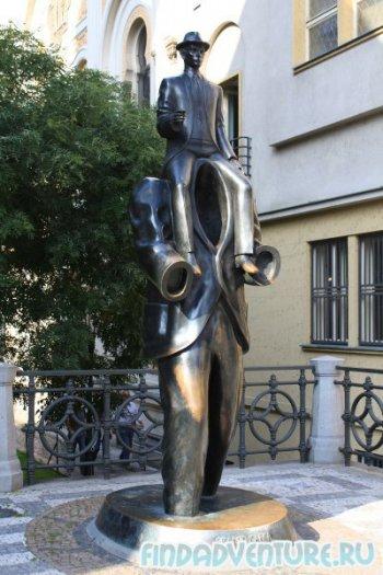 Памятник Кафке